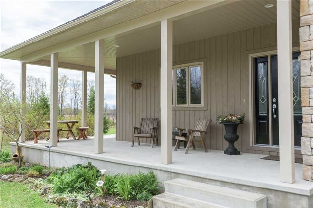Detached at 555538 6th  Line, Blue Mountains, Ontario. Image 8