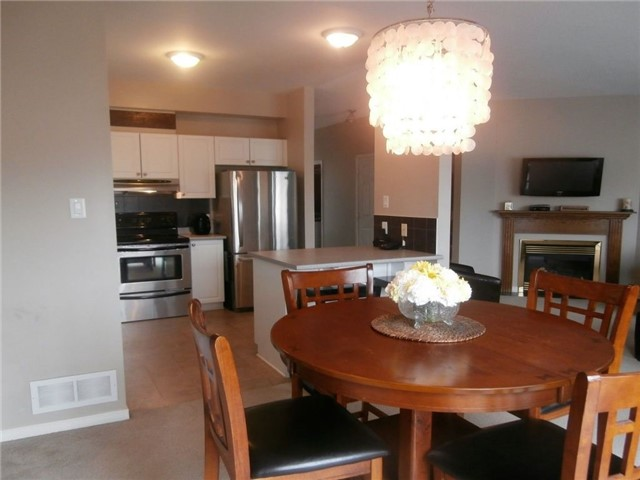 Detached at 441 Crystal Crt, Clarence-Rockland, Ontario. Image 3