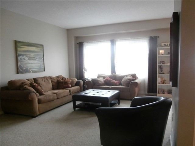 Detached at 441 Crystal Crt, Clarence-Rockland, Ontario. Image 4