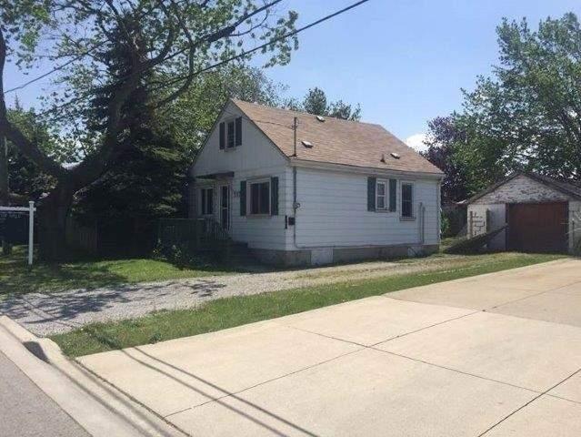 Detached at 392 Hemlock Ave, Hamilton, Ontario. Image 1