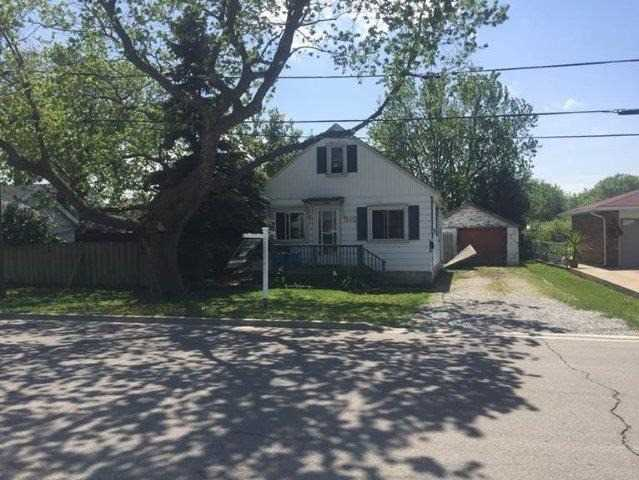 Detached at 392 Hemlock Ave, Hamilton, Ontario. Image 2