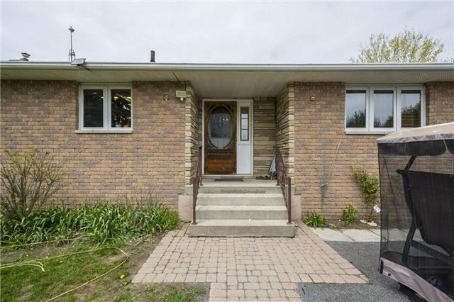 Detached at 1208 County Rd 12 Rd, Prince Edward County, Ontario. Image 14