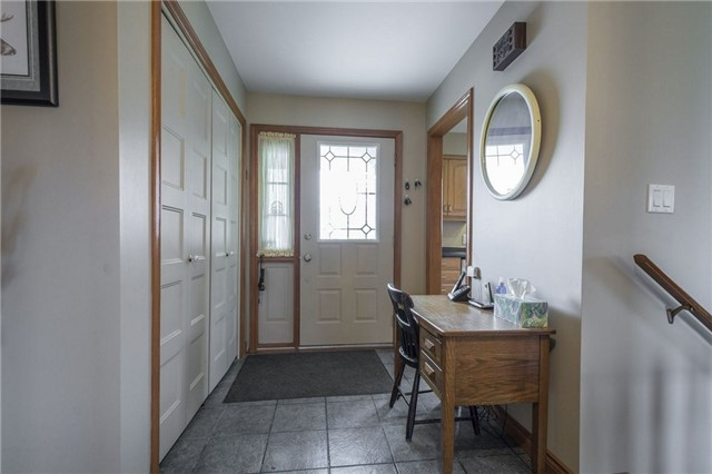 Detached at 1208 County Rd 12 Rd, Prince Edward County, Ontario. Image 15