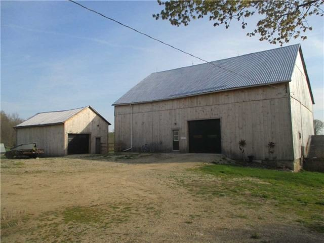 Detached at 817436 Perdue Rd, Chatsworth, Ontario. Image 15