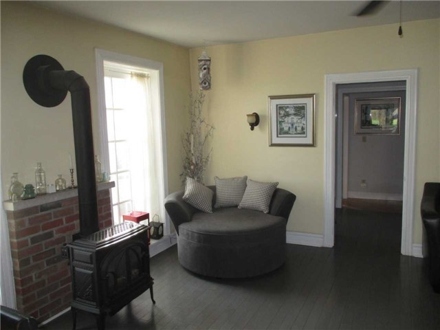 Detached at 817436 Perdue Rd, Chatsworth, Ontario. Image 5