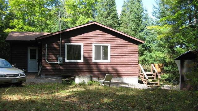 Cottage at 105 King Rd, Wollaston, Ontario. Image 12