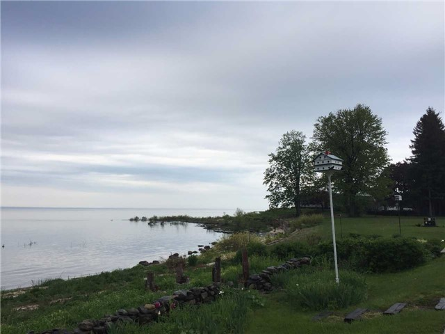 Detached at 596 Lakeshore  Rd, Fort Erie, Ontario. Image 14