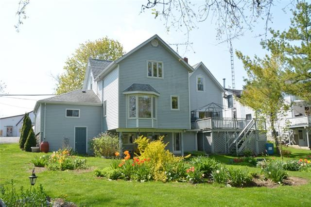 Detached at 3019 County Rd 10 N, Prince Edward County, Ontario. Image 13