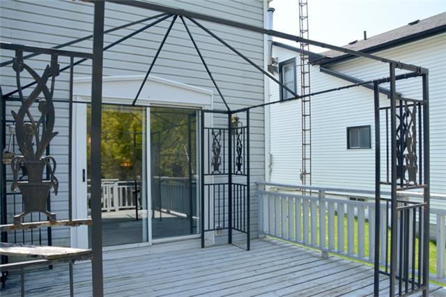 Detached at 3019 County Rd 10 N, Prince Edward County, Ontario. Image 16