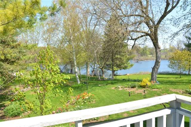 Detached at 3019 County Rd 10 N, Prince Edward County, Ontario. Image 17
