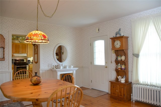 Detached at 3019 County Rd 10 N, Prince Edward County, Ontario. Image 2