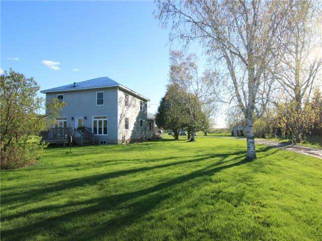 Detached at 4226 Indian Creek Rd, Clarence-Rockland, Ontario. Image 1