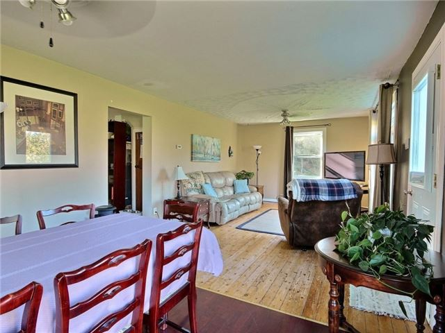 Detached at 4226 Indian Creek Rd, Clarence-Rockland, Ontario. Image 15