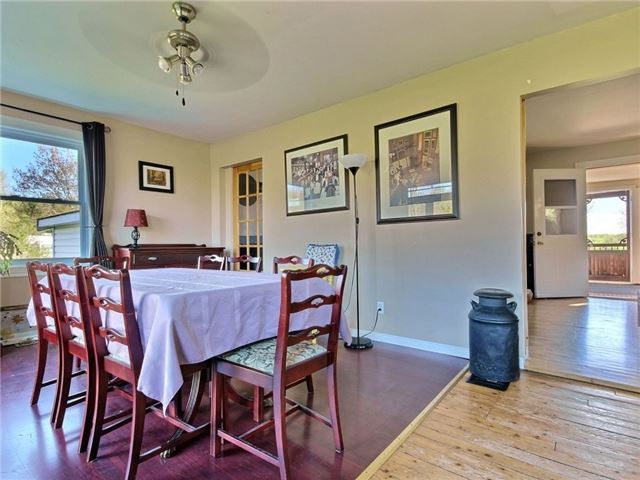 Detached at 4226 Indian Creek Rd, Clarence-Rockland, Ontario. Image 16
