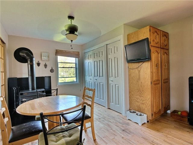 Detached at 4226 Indian Creek Rd, Clarence-Rockland, Ontario. Image 19