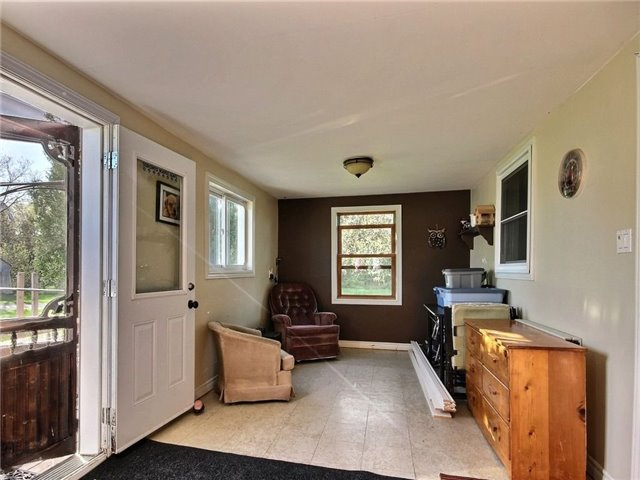 Detached at 4226 Indian Creek Rd, Clarence-Rockland, Ontario. Image 6
