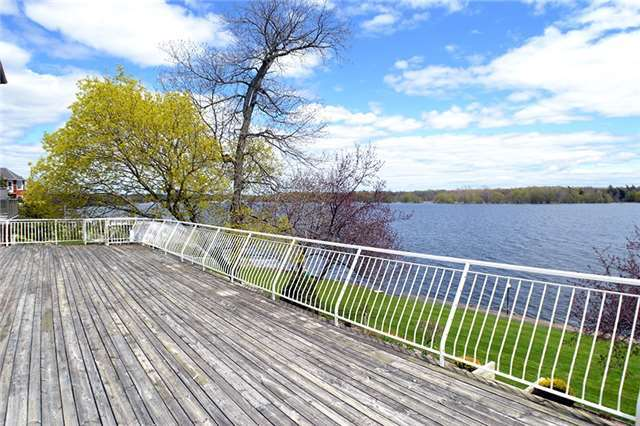 Detached at 1495 Lower Dr, Kingston, Ontario. Image 9