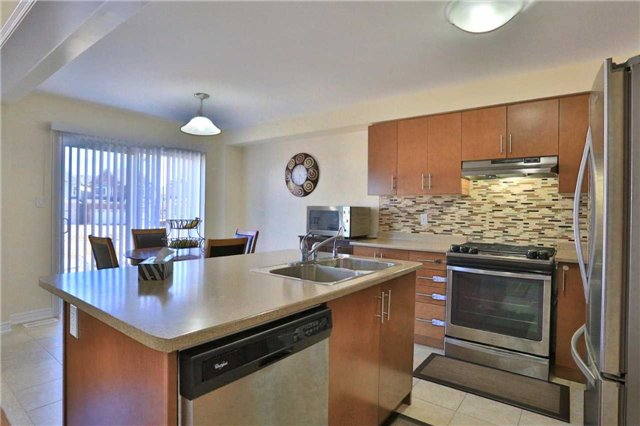 Detached at 475 Linden Dr, Cambridge, Ontario. Image 5