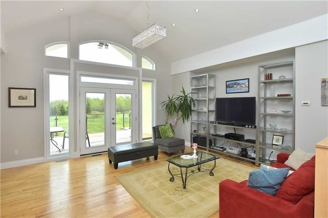 Detached at 383384 20 Sdrd E, Amaranth, Ontario. Image 14