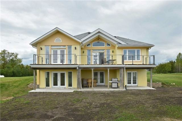 Detached at 383384 20 Sdrd E, Amaranth, Ontario. Image 11
