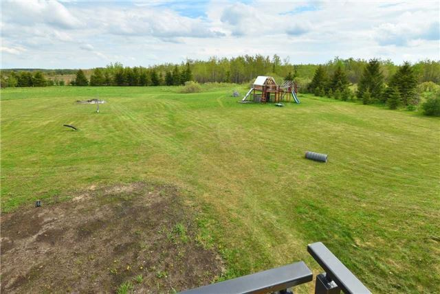 Detached at 383384 20 Sdrd E, Amaranth, Ontario. Image 13