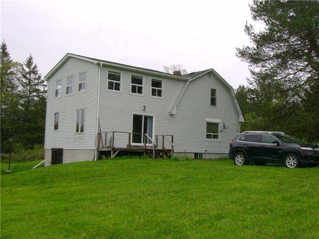 Rural Residence at 8538 Highway 522, Muskoka Lakes, Ontario. Image 4