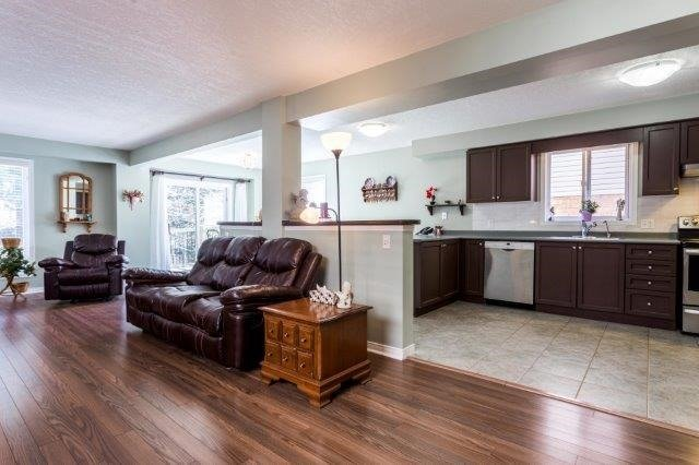 Detached at 582 Little Dover Cres, Kitchener, Ontario. Image 16