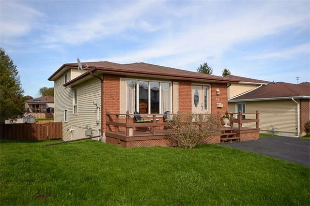 Detached at 94 Peacock Blvd, Port Hope, Ontario. Image 1