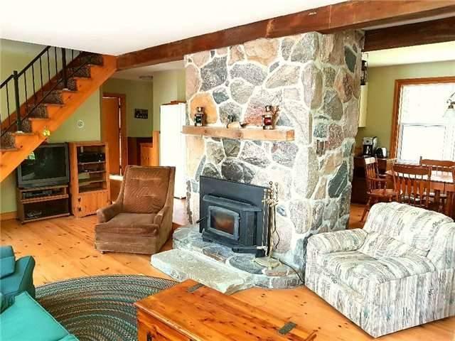 Cottage at 87 Woodworth Dr, Kawartha Lakes, Ontario. Image 6