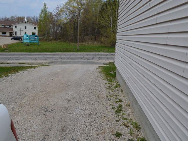 Detached at 19 Roman Ave, Elliot Lake, Ontario. Image 8