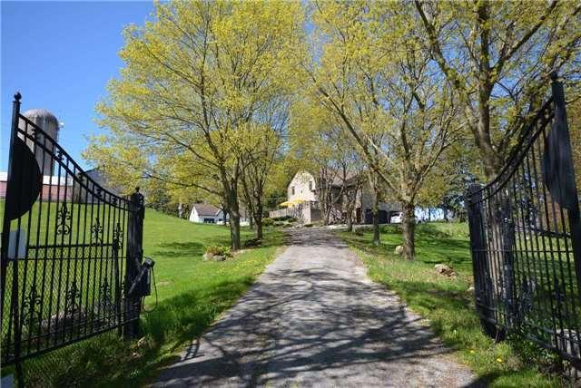 Farm at 345 Freelton Rd, Hamilton, Ontario. Image 17