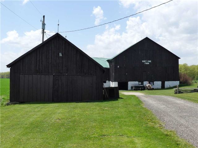 Detached at 598702 2nd Line W, Mulmur, Ontario. Image 18