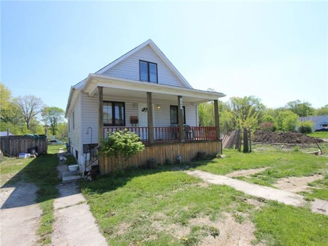 Detached at 1980 Longfellow Ave, Windsor, Ontario. Image 4