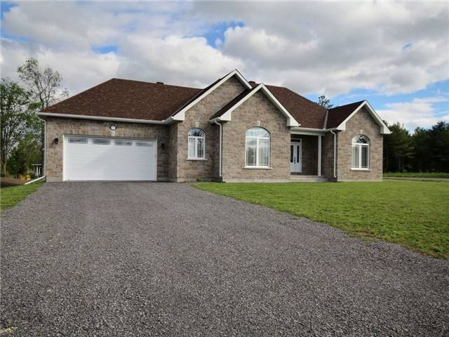 Detached at 5 Conner Cres, South Stormont, Ontario. Image 1