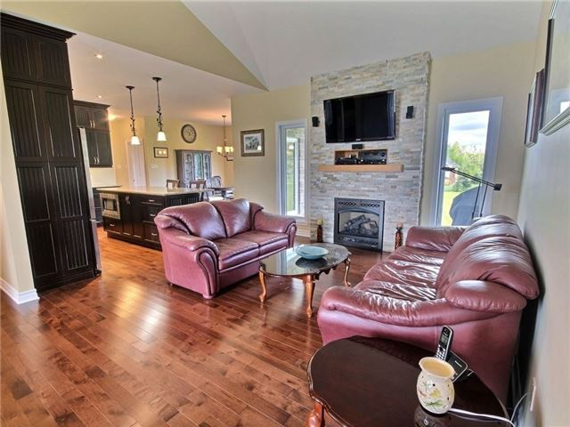 Detached at 5 Conner Cres, South Stormont, Ontario. Image 16