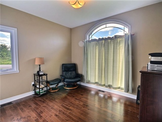 Detached at 5 Conner Cres, South Stormont, Ontario. Image 5