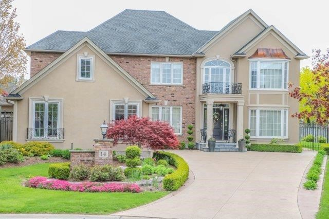 Detached at 14 Countryside Dr, St. Catharines, Ontario. Image 1