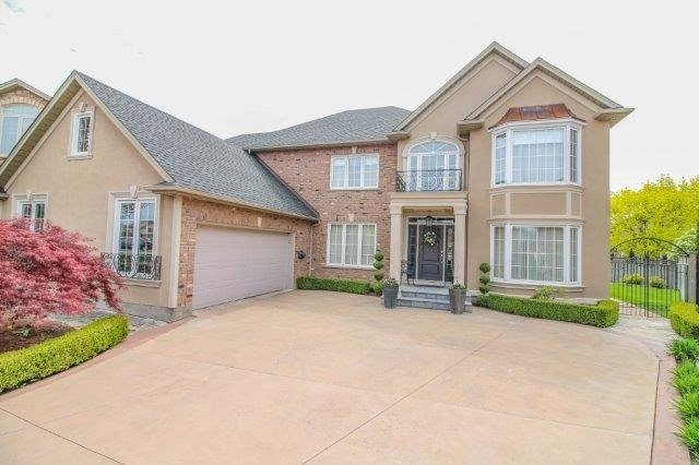 Detached at 14 Countryside Dr, St. Catharines, Ontario. Image 11