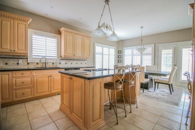 Detached at 14 Countryside Dr, St. Catharines, Ontario. Image 18