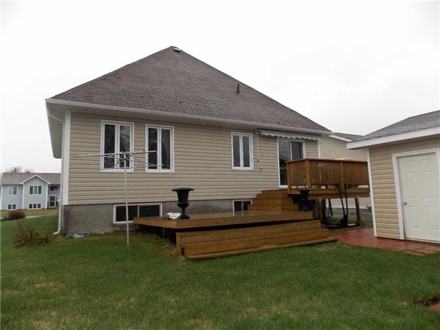 Detached at 106 Jv Bonhomme Blvd, Timmins, Ontario. Image 2