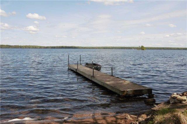 Detached at 98 Baker Blvd, Kawartha Lakes, Ontario. Image 8