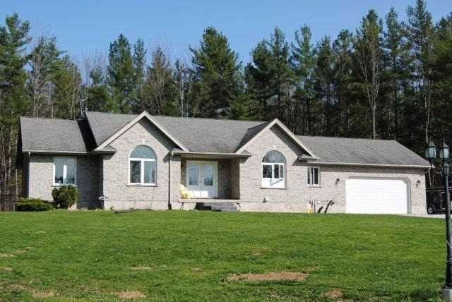Detached at 418543 Concession A, Meaford, Ontario. Image 1