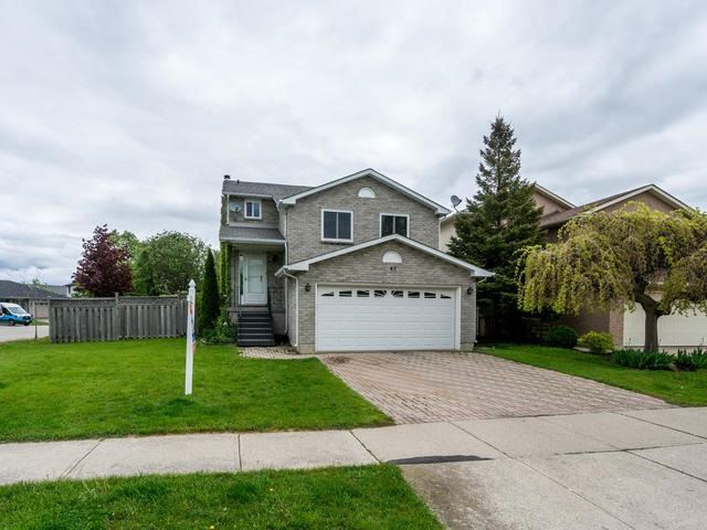 Detached at 45 Mistywood Dr, Hamilton, Ontario. Image 1