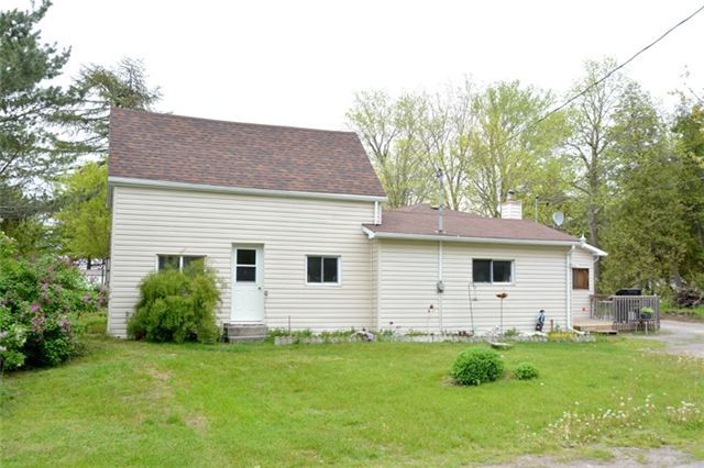 Detached at 1462 County Rd 18, Prince Edward County, Ontario. Image 1