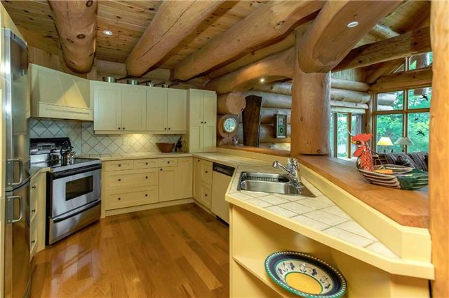Cottage at 1 Cranberry Lake Rd, Kawartha Lakes, Ontario. Image 2