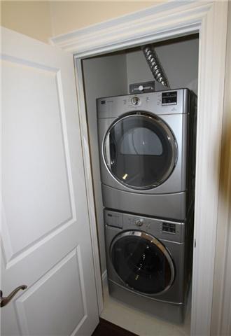 Condo Apartment at 133 Park St, Unit #305, Waterloo, Ontario. Image 4