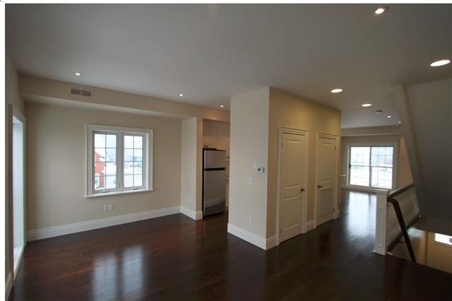 Condo Apartment at 133 Park St, Unit #305, Waterloo, Ontario. Image 5