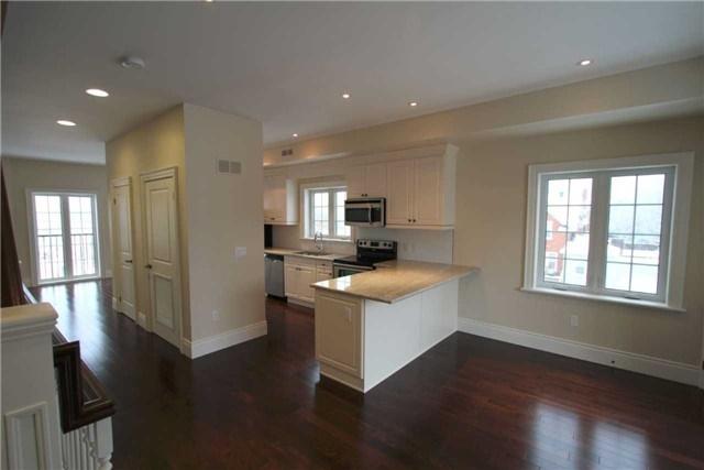 Condo Apartment at 133 Park St, Unit #305, Waterloo, Ontario. Image 6