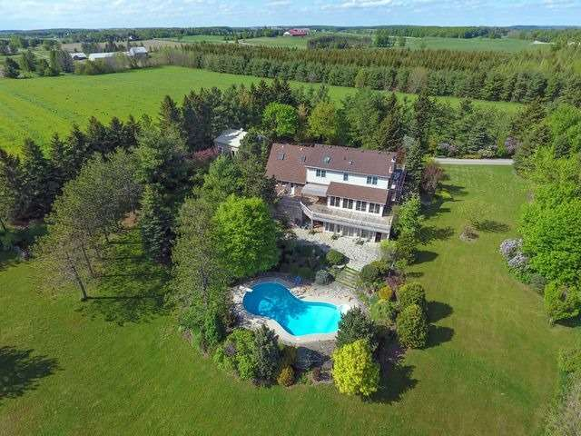 Detached at 5992 Eighth Line, Erin, Ontario. Image 14