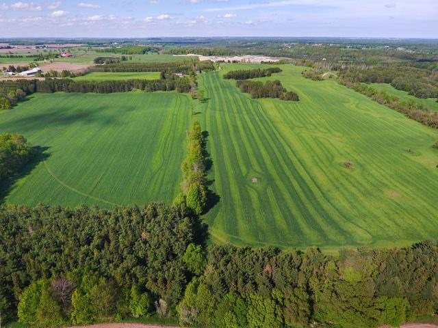 Detached at 5992 Eighth Line, Erin, Ontario. Image 16